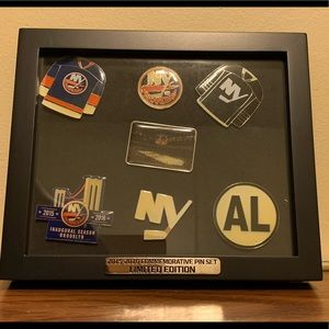 2015-16 Commemorative Pin Set Limited Edition